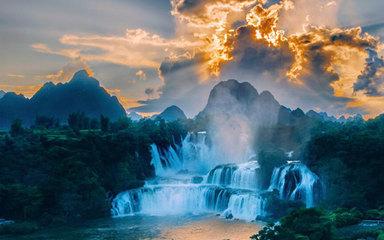 【桂西秘境】宁明花山-安平河-德天瀑布-旧州-渠洋湖-古龙山峡谷5日休闲游