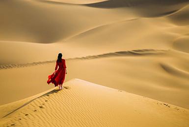 库木塔格沙漠是塔克拉玛干沙漠的一部分