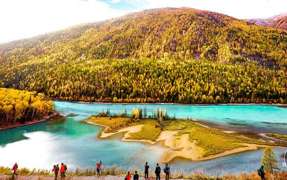 金秋,行走在迷人的北疆--北疆九日游