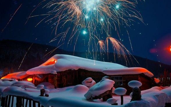 【雪乡-漠河】哈尔滨-中国雪乡-风车雪山-漠河北极村-龙江第一湾-白桦林-驯鹿园-圣诞村滑雪7日大环线
