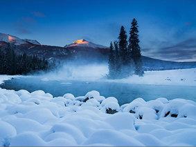 行摄冰雪双湖-喀纳斯-禾木-赛里木冰湖-天鹅泉-红山大峡谷7日摄影