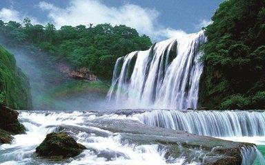【穿越云贵】黄果树瀑布-罗平油菜花-马岭河大峡谷--万峰林-青岩古镇5日深度游