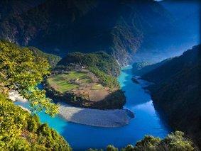 三江奇观-老姆登-丙中洛-梅里雪山-香格里拉-7天秘境探索之旅