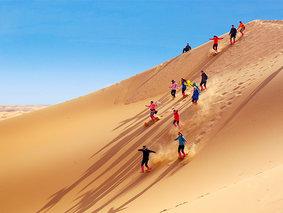 腾格里-银川-沙漠轻徒步-越野车五湖穿越-阿拉善左旗-镇北堡影视城-西夏王陵-水洞沟 4日品质慢游