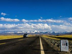 走独库-去南疆-独库公路全段-喀什-巴音布鲁克-天山神秘大峡谷-唐布拉-乔尔玛-大小龙池6日游