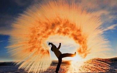 【呼伦贝尔-漠河】海拉尔-呼伦湖-满洲里-敖鲁古雅使鹿部落-冷极村-漠河-龙江第一湾-黑龙江冰面穿越-北极村-圣诞村-刺激滑雪7日