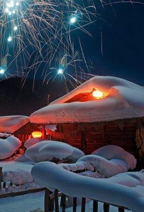 雪乡-漠河-哈尔滨-中国雪乡-风车雪山-漠河北极村-龙江第一湾-白桦林-驯鹿园-圣诞村滑雪7日大环线